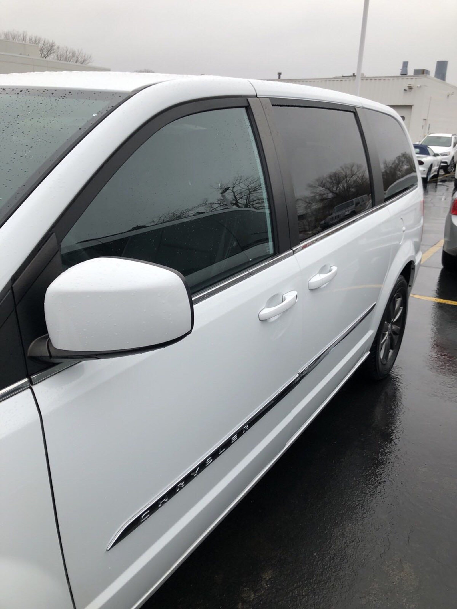 Pre-Owned 2015 Chrysler Town & Country S